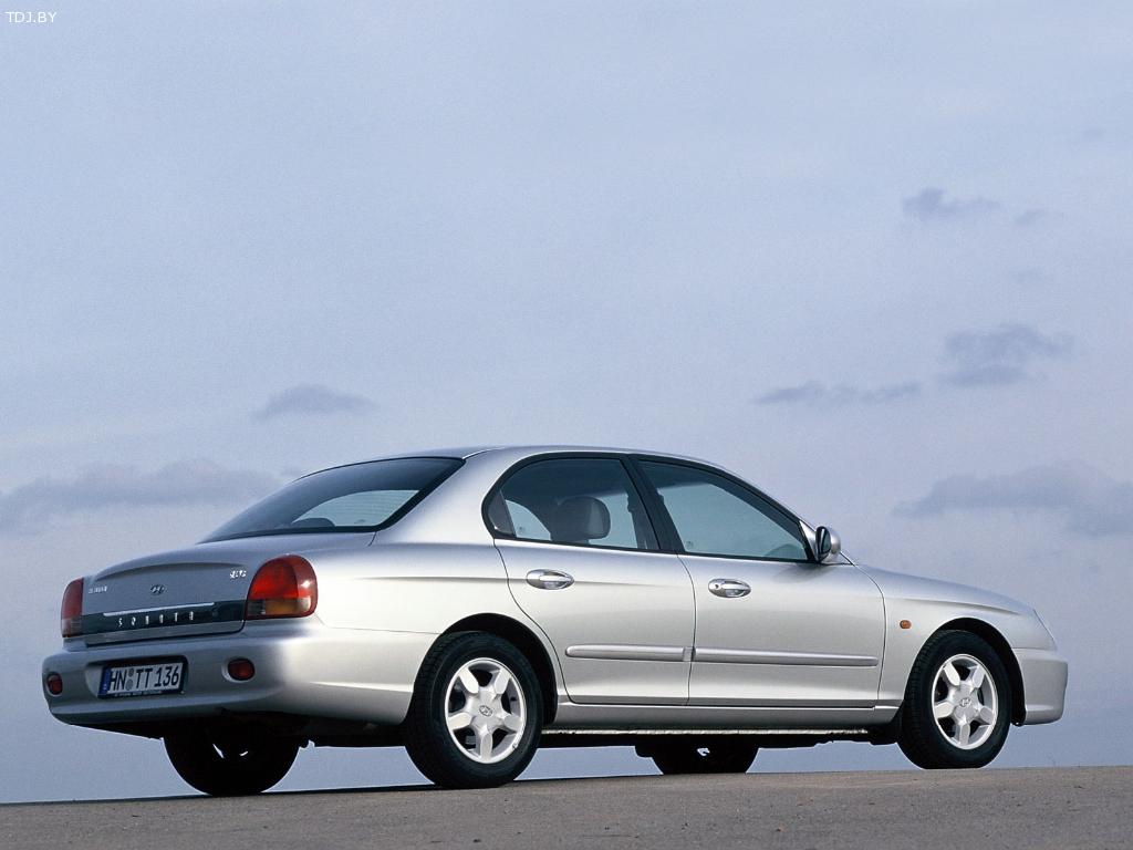 HyundaiSonata 4