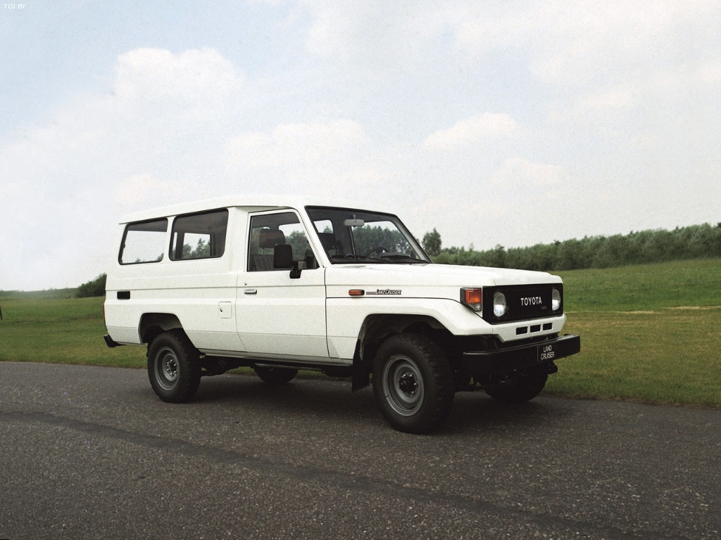 Toyota	Land Cruiser 75
